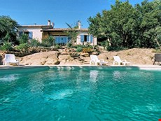 Photo of Villa in Provence Near Beaumes de Venise