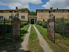 Photo 1 of Reviews of Large Estate with Historic Villa and Two Farmhouses for a Large Group