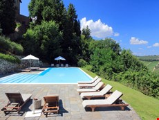 Photo 2 of Tuscany Apartment in a Castle Hamlet Close to Florence