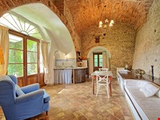 Photo 2 of Reviews of CastleApartment Rental in Tuscany, Montagnana