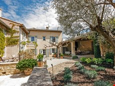 Photo 2 of Charming Villa in Provence Village