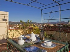 Photo 1 of Reviews of Florence Accommodation