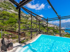 Photo 2 of Reviews of Elegant Large Amalfi Coast Villa Rental with Pool and Sea Views