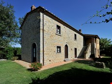 Photo 1 of Tuscany Accommodation
