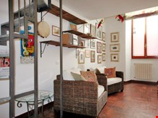 Photo of Charming Self Catering Accommodation in Trastevere Rome