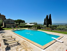 Photo of Beautiful Villa in Tuscany Close to Cortona