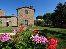 Photo 1 of Reviews of Farmhouse Rental on Tuscany-Umbria Border for Large Group