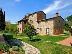 Photo 1 of Reviews of Apartment in Umbria on Large Estate with Two Pools