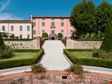 Photo of Large Historic Luxury Villa Near Lucca