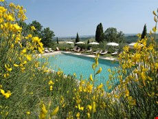 Photo 2 of Pleasant Tuscan Apartment on Large Hillside Estate