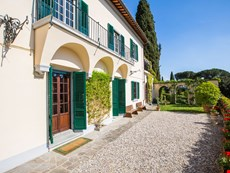 Photo 1 of Reviews of Villa near Florence and Fiesole and Walking Distance to a Village