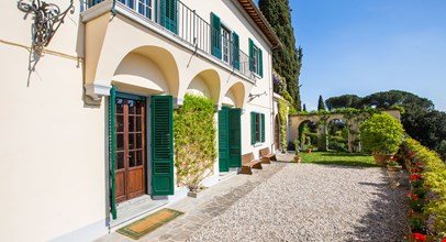Villa Near Florence And Fiesole And Walking Distance To A