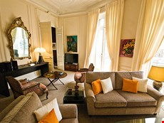 Photo 2 of Reviews of Enchanting Paris Apartment Near Champs Elysees