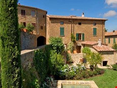 Photo 2 of Sophisticated Villa in a Village in Southern Tuscany