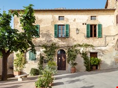 Photo of Sophisticated Villa in a Village in Southern Tuscany