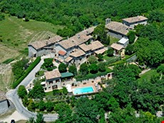 Photo of Umbria Accommodation for Large Group Near Spoleto