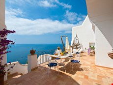 Photo 2 of Reviews of Amalfi Coast Villa in Positano with Views