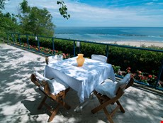 Photo 2 of Reviews of Luxury Villa in Italy Near Pesaro and the Beach