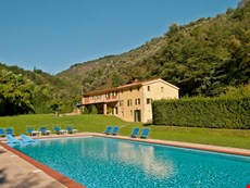 Photo 1 of Reviews of Tuscany Farmhouse Near Camaiore with a Private Pool