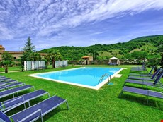 Photo 2 of Reviews of Large Villa with a Private Pool in Tuscany Near a Train to Arezzo