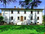 Photo of Large Villa with a Private Pool in Tuscany Near a Train to Arezzo