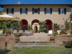 Photo 1 of Reviews of Charming Hilltop Farmhouse in Tuscany