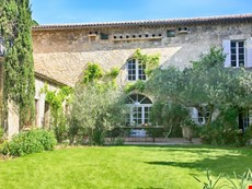 Photo 2 of Villa in Historic Small Town Near Avignon