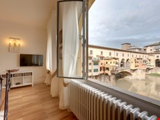 Photo 2 of Reviews of Charming Apartment in Florence City