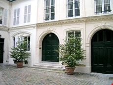 Photo 1 of Reviews of Elegant and Quiet Paris Apartment on the Left Bank