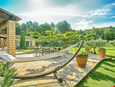 Photo of Family-Friendly Provence Villa with Pool Near Village
