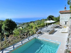 Photo 1 of Reviews of Villa with Pool Near Sorrento and Walking Distance to Village