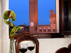 Photo 1 of Reviews of Apartment in Siena Overlooking the Famous Piazza del Campo