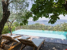 Photo 2 of Reviews of Family-Friendly Villa with Pool Near Portovenere
