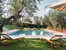 Photo of Beautiful Tuscan Villa with Tower and Private Swimming Pool near Florence