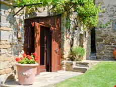 Photo 2 of Tuscany Farmhouse with Swimming Pool Near Cortona