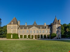 Photo 2 of Elegant Tower Wing in Historic Chateau in Normandy
