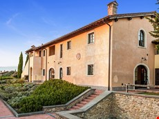 Photo 2 of Beautiful Tuscan Villa on a Large Estate