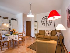 Photo 2 of Reviews of Lake Como apartment in Varenna near shops, restaurants, resorts, and sports activities.