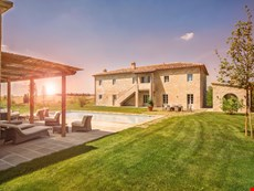 Photo of Villa Rental in Tuscany, Castelfalfi