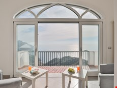 Photo 2 of Ravello apartment with stunning sea views within a short walk to town center and beautiful nature trails!