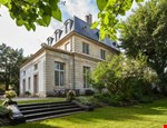 Photo of Villa Rental in Ile de France, Saint Germain en Laye