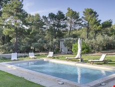 Photo 2 of Villa Rental in Provence, Saint-Remy-de-Provence