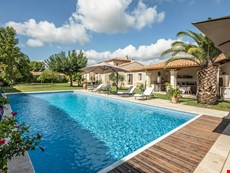 Photo of Villa Rental in Provence, Maussane-les-Alpilles