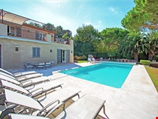 Photo of Elegant Villa within Walking Distance of St Tropez