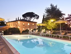 Photo of Charming Tuscany Farmhouse Walking Distance to town